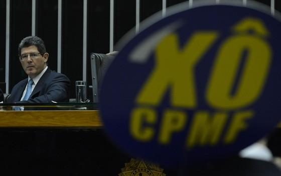 Joaquim Levy, ministro da Fazenda, em audiência pública na Câmara para debater CPMF (Foto: Valter Campanato / Agência Brasil)