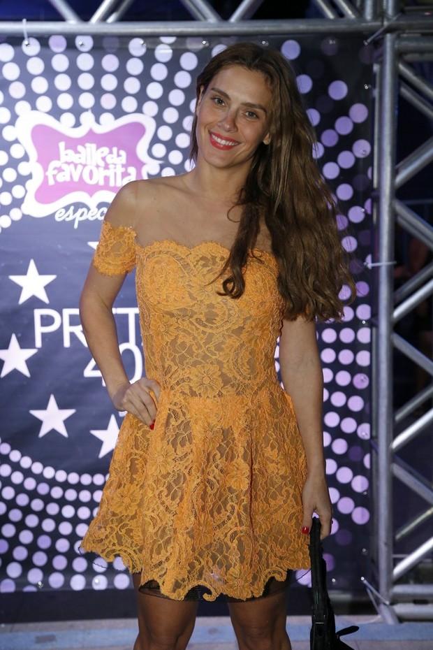 Carolina Dieckmann em festa de Preta Gil no Rio (Foto: Felipe Panfili, Felipe Assumpção e Léo Marinho/ Ag. News)