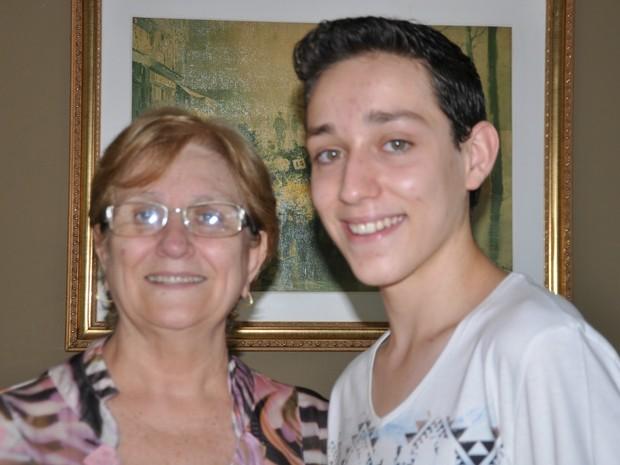 Familiares apoiaram a decisão do menino (Foto: Nathália Rabelo/G1 MS)