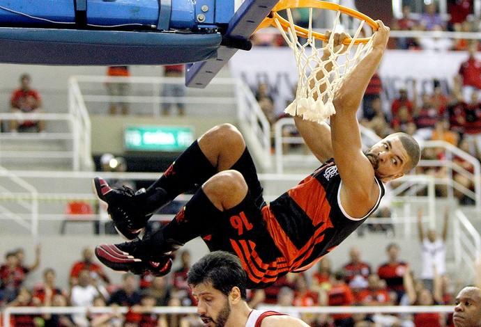 Olivinha basquete Flamengo x Brasília NBB (Foto: Ricardo Ramos / LNB)