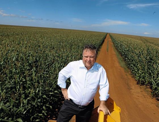 O ministro Blairo Maggi em uma de suas fazenadas.Ele trocou a soja pela política (Foto: Fernando Vilarin / Editora Globo)