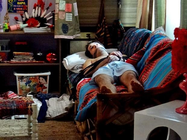 Pepito some e é encontrado amordaçado (Foto: Patrícia Canuto/ Gshow)