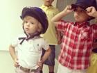 Adriane Galisteu posta foto do filho ao lado de amiguinho