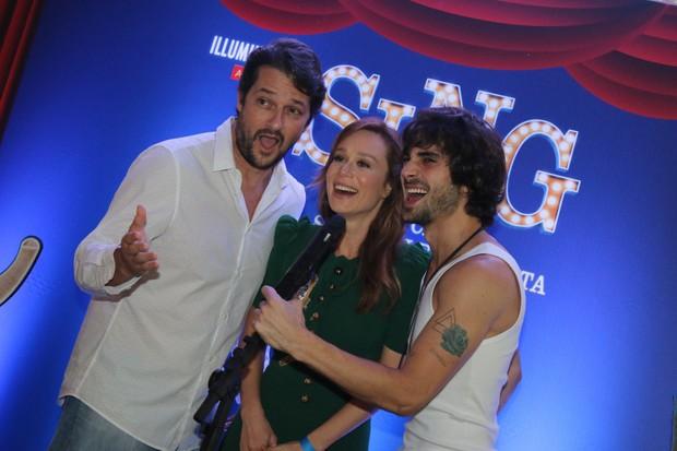 Marcelo Serrado, Mariana Ximenes e Fiuk soltam a voz em pré-estreia de filme (Foto: Fabio Moreno/Agnews)