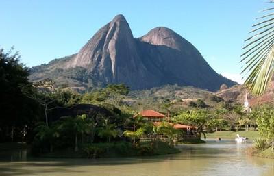 Pedra da Onça: local foi palco de corrida por pedras preciosas no século passado (Foto: Chandy Teixeira)