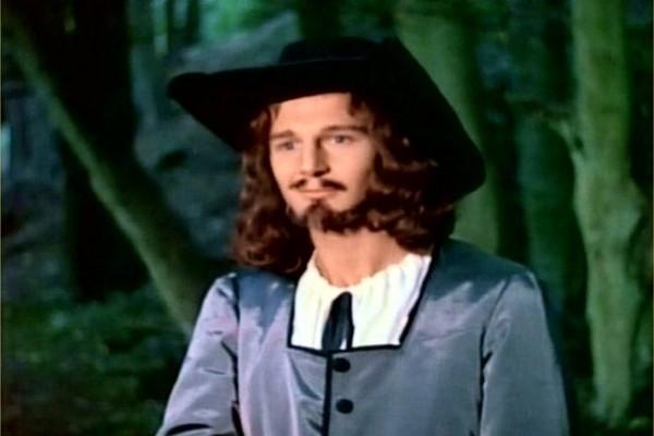 Liam Neeson em Pilgrim's Progress (1978)  (Foto: Divulgação)