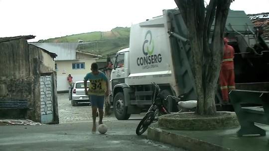 Lixo hospitalar é descartado de forma irregular em Rio Largo