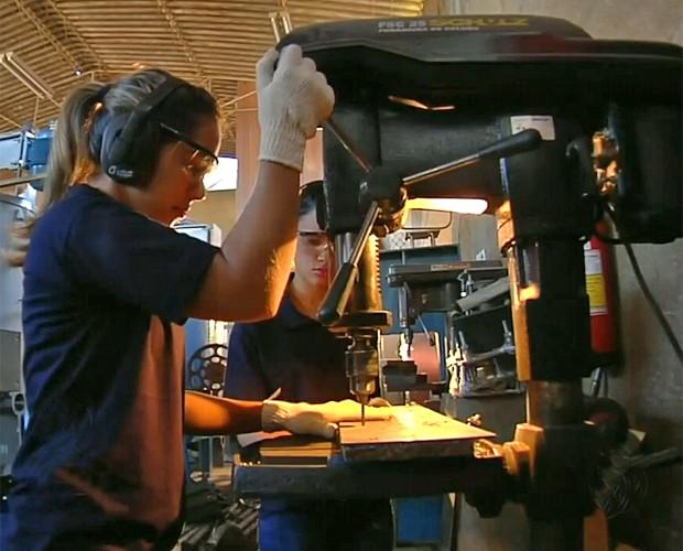Mulheres pegam pesado no trabalho (Foto: Mais Você/ TV Globo)