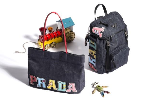 Bolsas e mochilas jeans da Prada (Foto: Divulgação)