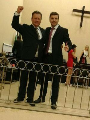 Edson com o professor Inezil Penna Marinho Junior (Foto: Arquivo pessoal)