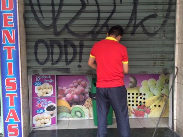Operação contra trabalho escravo fecha pastelaria em Copacabana (Foto: Cristina Boeckel/G1)