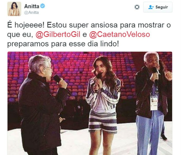 Anitta, Caetanno e Gilberto Gil ensaiam para o show (Foto: Reprodução / Twitter)