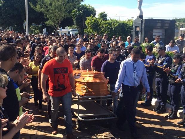 Bolsa De Festa Em Goiania : G suspeito de envolvimento na morte policial civil ?