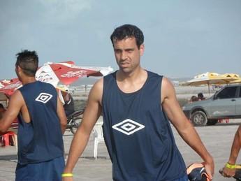 Elenco treinou na Praia do Atalaia (Foto: Ascom Remo)