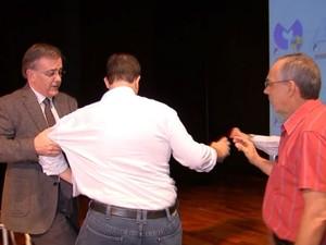 Vereador Crespo e Secretário de Educação Flaviano (Foto: Reprodução/TV TEM)