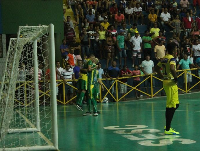 Curaça x Santa Luzia, Copa TV Grande Rio de Futsal  (Foto: Amanda Lima)