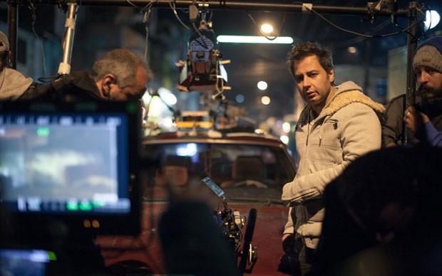 O diretor Afonso Poyart no set de 'Mais forte que o mundo – A história de José Aldo' (Foto: Divulgação)