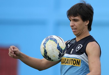 Zeballos treino botafogo (Foto: Vitor Silva / SSPress)