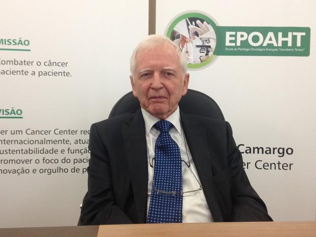 Virologista alemão Harald zur Hausen, prêmio Nobel de Medicina de 2008, esteve no Brasil para evento científico no A.C.Camargo Cancer Center (Foto: Mariana Lenharo/G1)