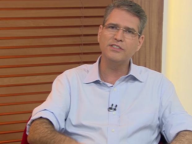 Francisco Júnior é entrevistado pelo Jornal Anhanguera 1ª Edição (Foto: Reprodução/TV Anhanguera)