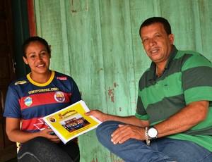 Viviane Almeida será gerente de futebol feminino (Foto: Aline Lopes)