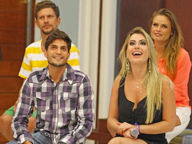 Fernanda e André ainda não sabem como será a relação fora da casa (Foto: Mais Você / TV Globo)