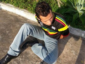 Vigilante suspeito de roubar casa de músico morto (Foto: Divulgação)