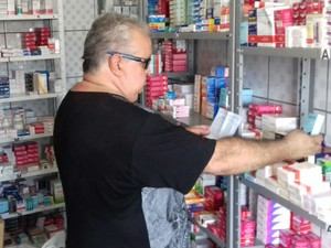 Cláudio é técnico voluntário na farmácia comunitária em Votorantim (Foto: Arquivo Pessoal/ Cláudio de Oliveira)
