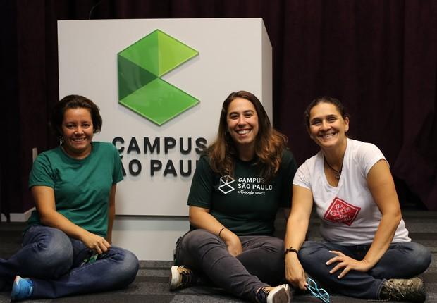 Fernanda Moura e Taciana Mello com Fernanda Caloi, community manager do Campus São Paulo (Foto: The Girls on the Road)