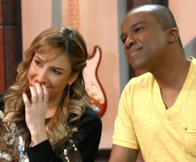 Claudia Leitte e Alexandre Pires se emocionam no ensaio das Batalhas (Foto: TV Globo)