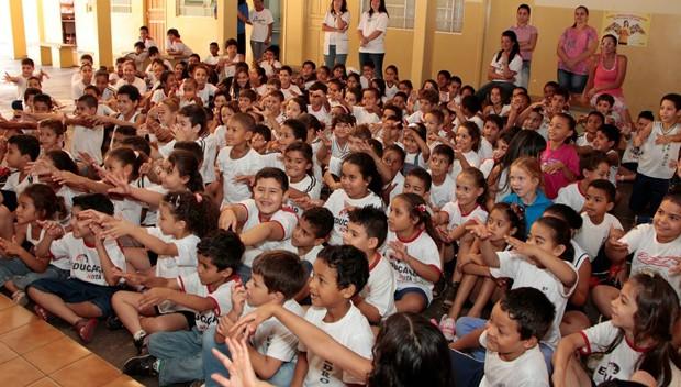 Equipes do Televisando levaram alegria e reconhecimentos a diferentes municípios do Paraná (Foto: Foto: Divulgação/RPC TV)