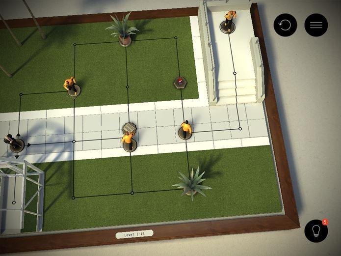 Outras peças se movimentam assim que o jogador movimenta o assassino (Foto: Reprodução / Dario Coutinho)
