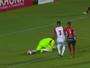 """Frango de Neto Volpi passa ileso em jogo, mas lance leva como """"garrancho"""""""