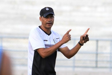 Éverton Goiano, técnico do Treze (Foto: Junot Lacet Filho / Jornal da Paraíba)