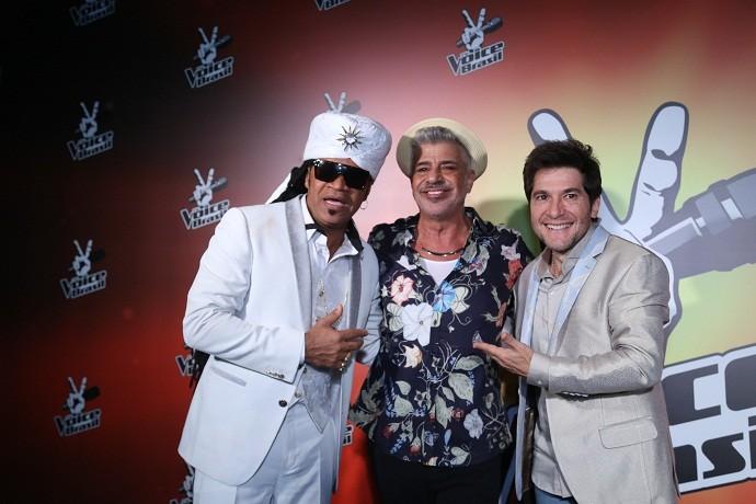 Daniel com os técnicos Brown e Lulu Santos (Foto: Crédito: Globo / Paulo Belote)