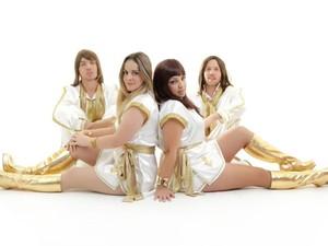 Banda apresenta tributo ao grupo Abba (Foto: Sala Palma de Ouro/Divulgação)