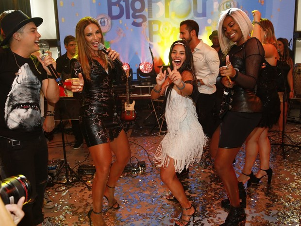 Wesley Safadão, Ivete Sangalo, Ludmilla e Munik na final do 'Big Brother Brasil 16' (Foto: Marcos Serra Lima/ EGO)