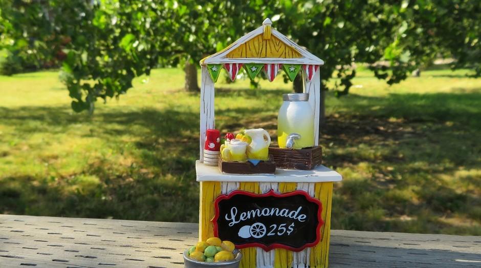 limonada; barraquinha; verão; comércio; bebida; (Foto: Pixabay)