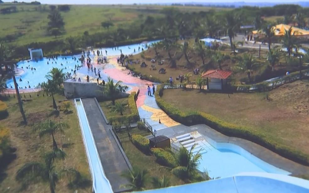 Enquanto funcionava, o Parque Aquática chegava a receber mil visitantes por semana em Marília (Foto: Reprodução/ TV TEM )