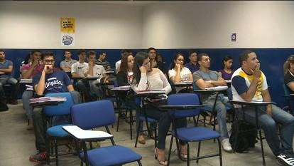 Cursos da UFCG recebem cinco estrelas no guia do estudante