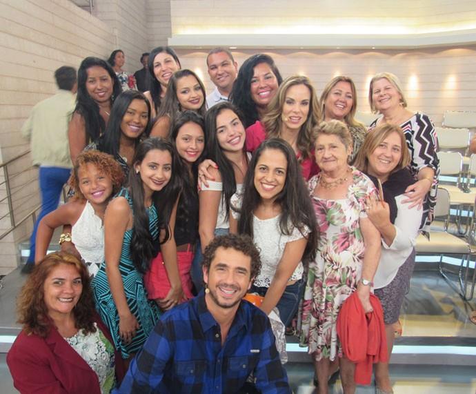 Plateia do 'Encontro' com os apresentadores  (Foto: Priscilla Massena/Gshow)