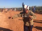 Justiça de MS determina reintegração de fazenda onde índio morreu baleado