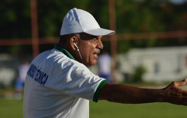 Edmilson não gostou do empate em Socorro  (Foto: Felipe Martins/GLOBOESPORTE.COM)