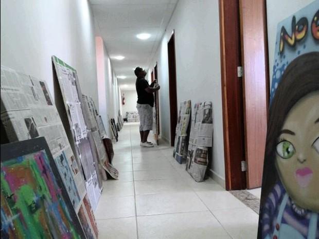 Espaço já está sendo preparado para receber exposição (Foto: Divulgação/Ascom Iguaba)