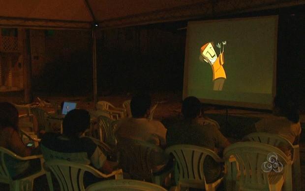 Exibição de filmes, durante a Semana Audiovisual (Foto: Bom Dia Amazônia)