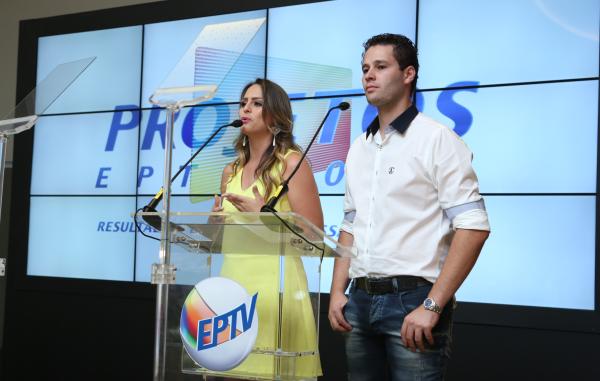 Aline Lima e Pedro Leonardo apresentaram ao mercado publicitário as novidades para o próximo ano. (Foto: Reprodução/EPTV)
