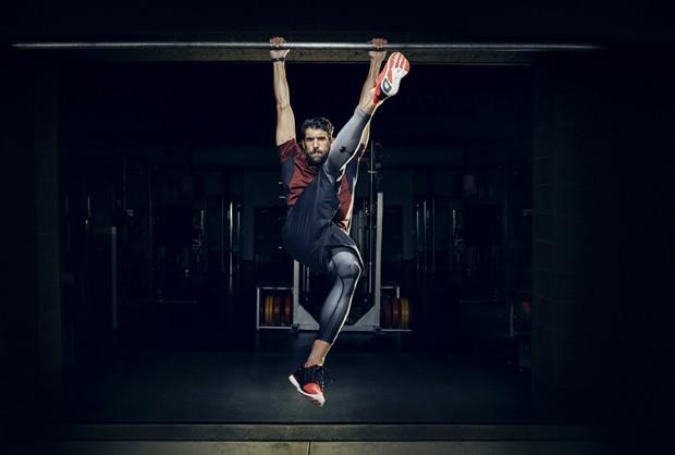 4418220af99 Michael Phelps mostra rotina para poucos em campanha da Under Armour ...