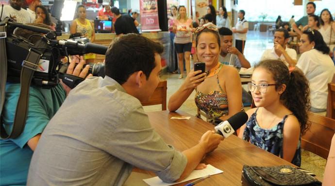 Rogério Simões fez entrevistas no evento (Foto: Luciana Santos)