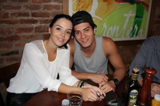Giovanna Lancellotti e Arthur Aguiar em festa no Rio (Foto: Rogério Fidalgo/ Ag. News)