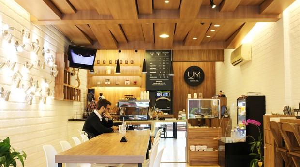 Unidade da Um Coffee Co., empresa fundada pelos irmãos Julio Um e Victor Um (Foto: Divulgação)